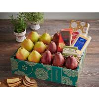 Artisan Cheese & Pears Gift Boxes